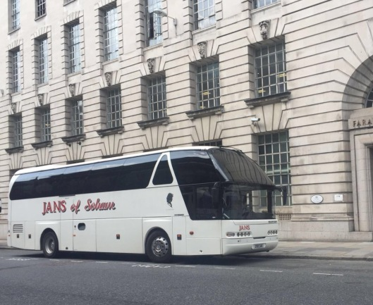 cambridge to london coach hire